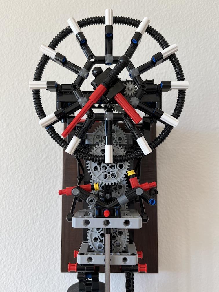 Practical LEGO Pendulum Clock
